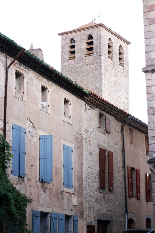 Exploring Lagrasse with Kids - medieval streets