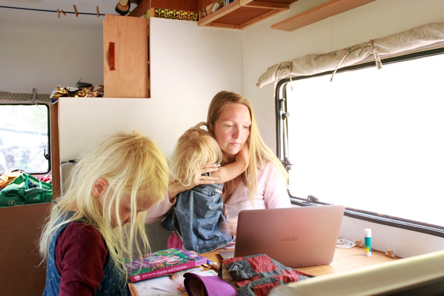 Working while travelling with kids