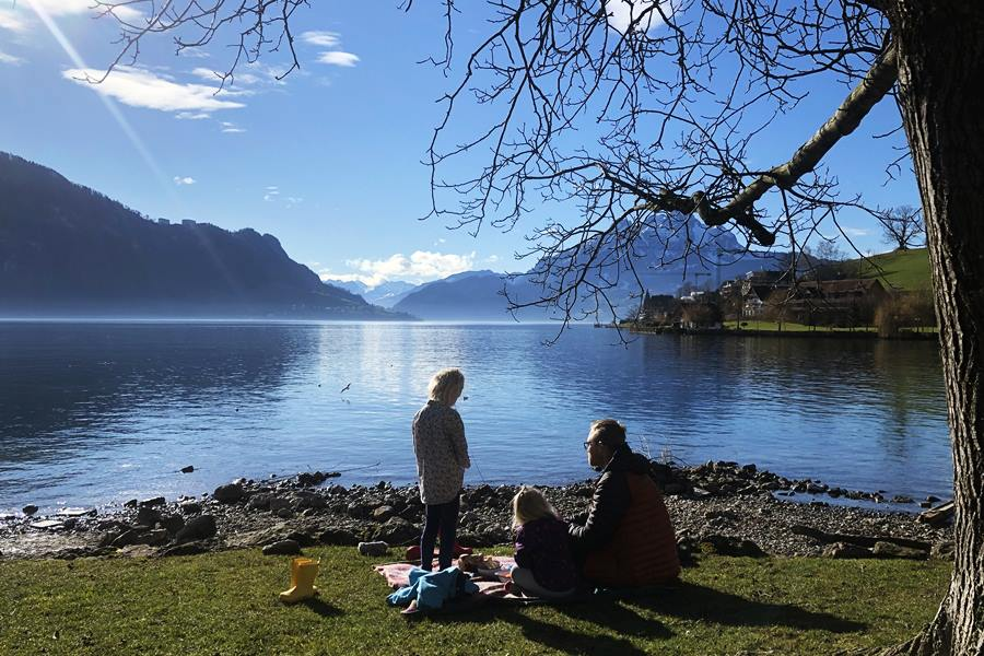 Picnic on Lake Lucerne - Exploring Weggis (Switzerland) In A Campervan