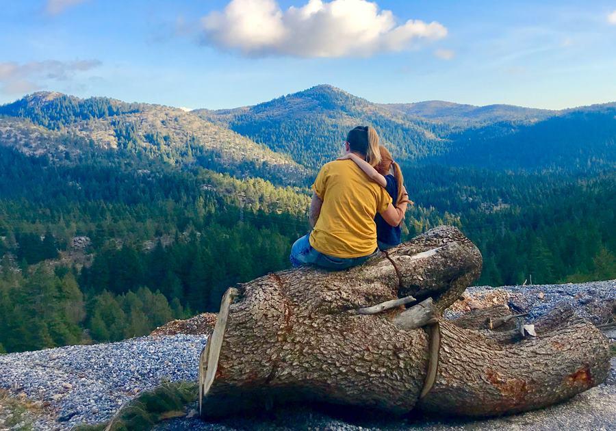 Unschooling hike in Turkey - Fulltime Van Family Exploring Europe