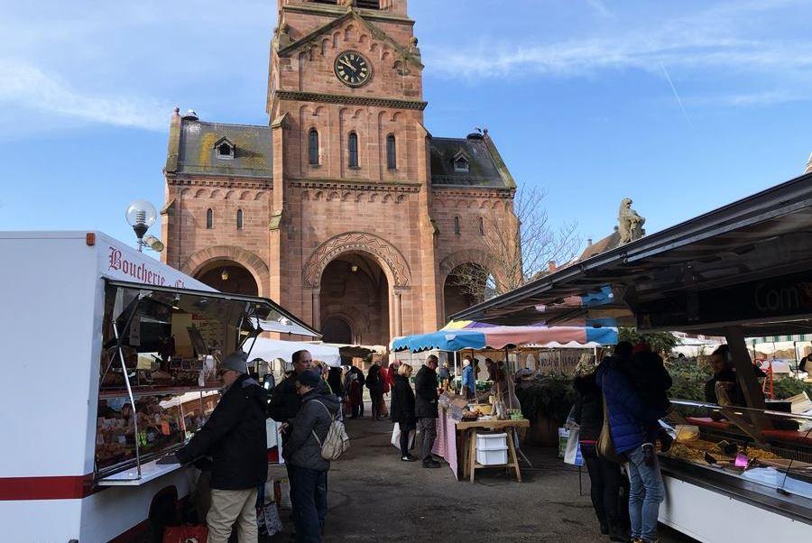 Saturday market in Munster, France - exploring Munster and finding storks
